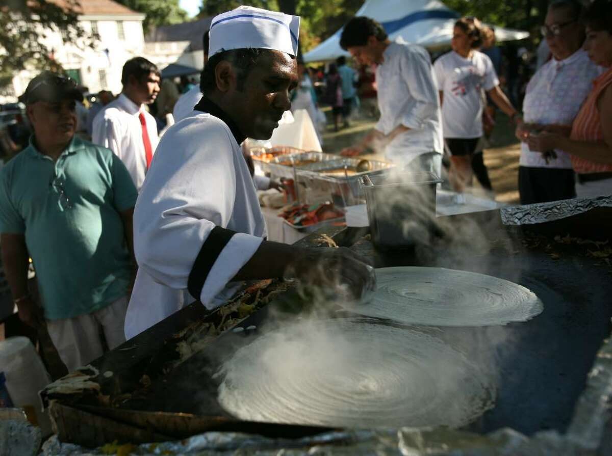 Velmurugan Pitichaipillai of Bangalore Restaurant in Fairfield makes