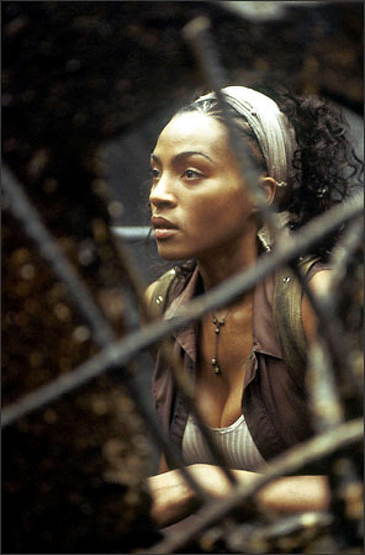 Zee (Nona Gaye).
