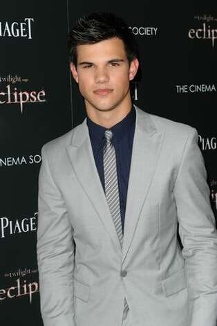 And that brings us back to Lautner's current look. He looks good in a suit and tie. And a shirt.  (Getty Images) Photo: Getty Images