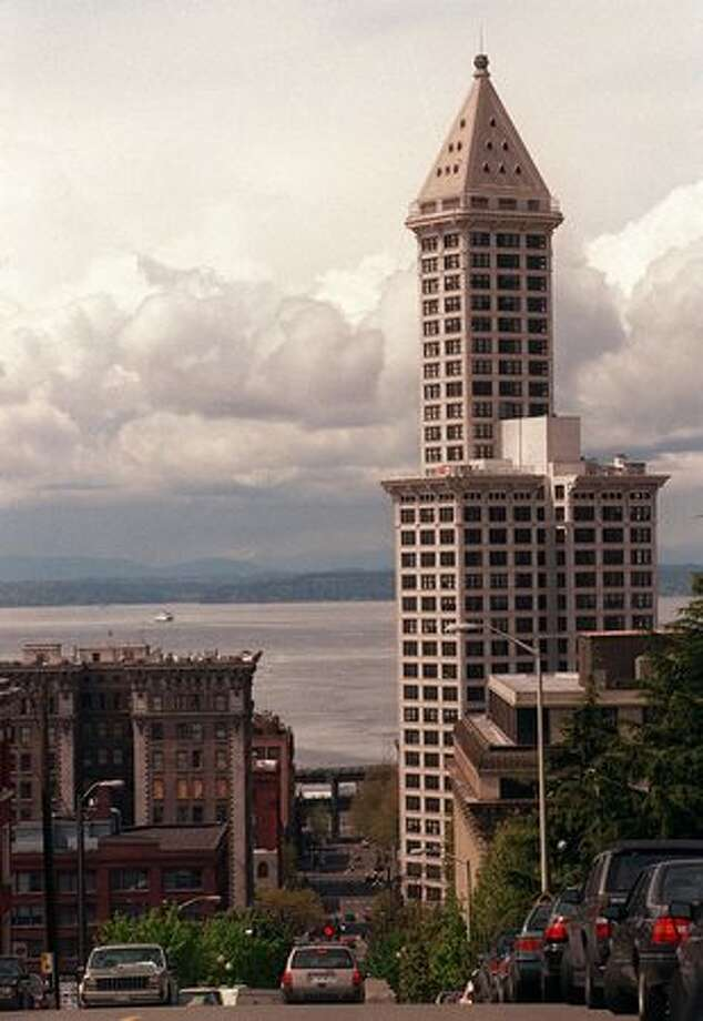 An undated photo of Seattle's Smith Tower. Photo: P-I File / P-I File