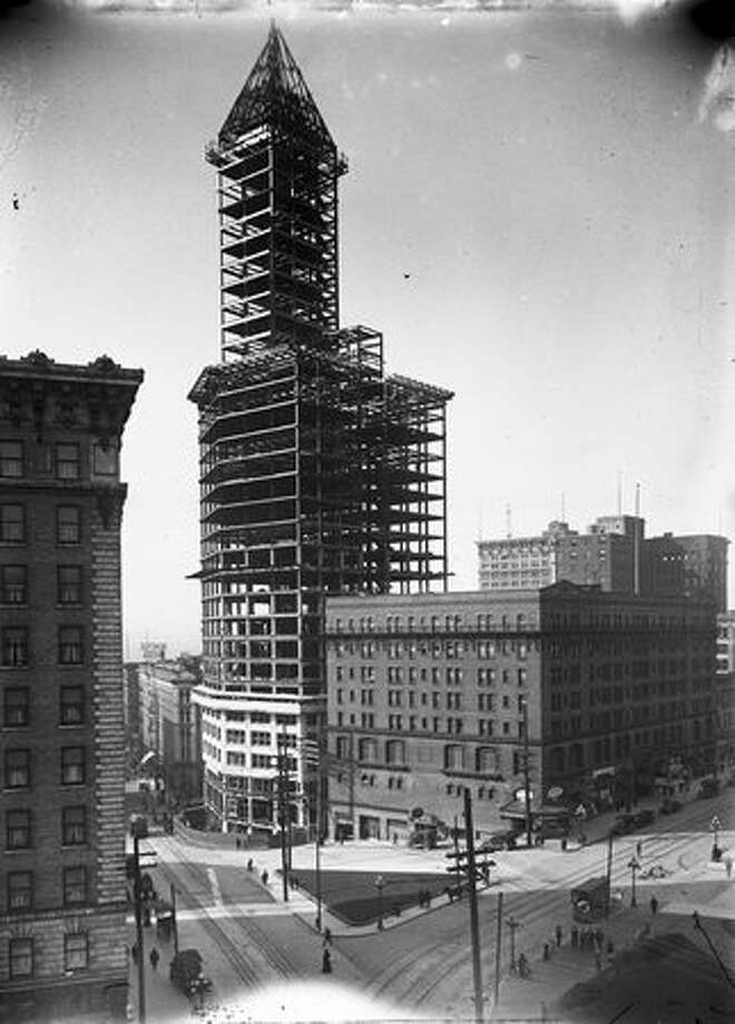 Smith Tower construction, February 1913. (Seattle Municipal Archives) Photo: P-I File / P-I File