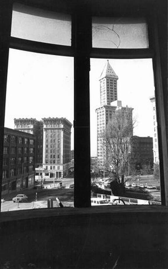 A view of the Smith Tower, Feb. 7, 1976. Photo: P-I File / P-I File