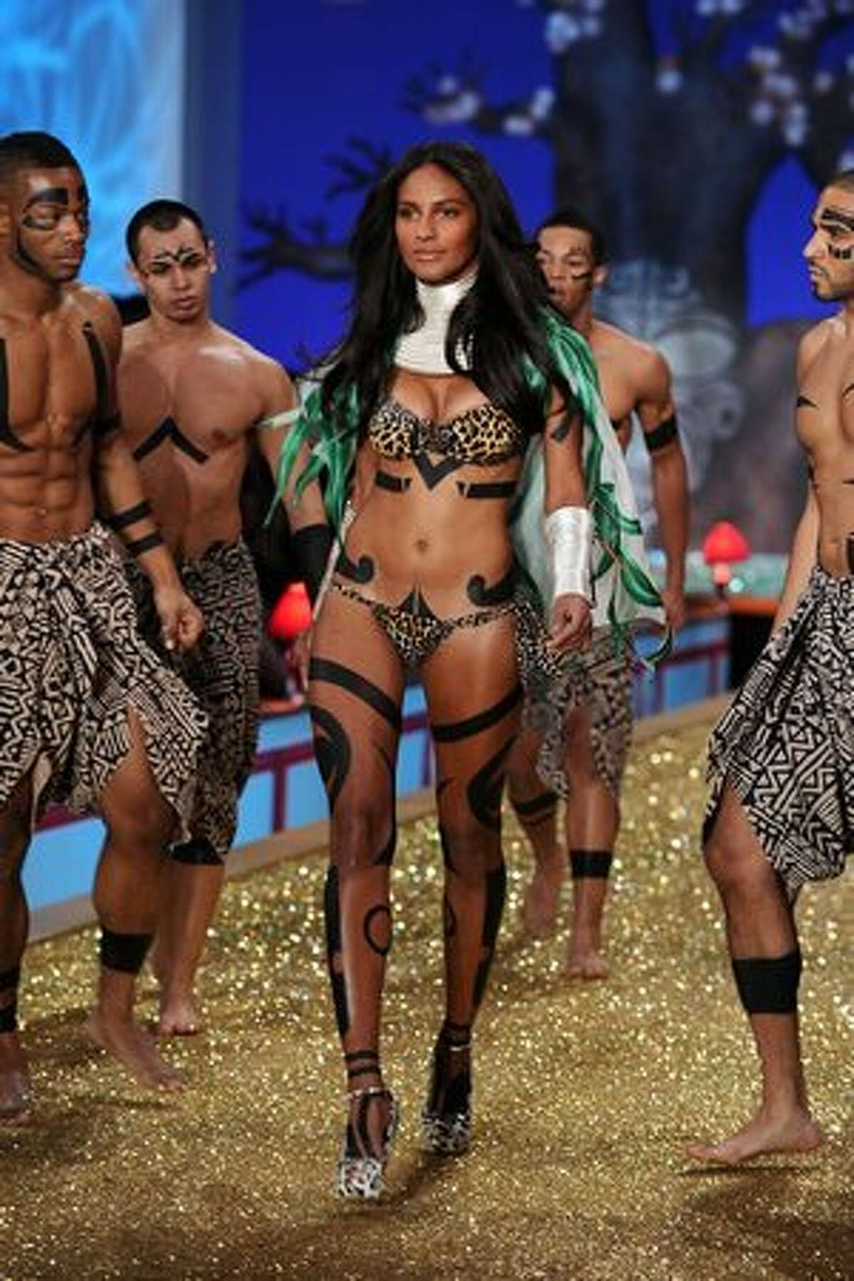 Model Emanuela De Paulo walks the runway.