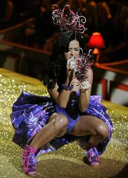 Singer Katy Perry performs. Photo: Getty Images