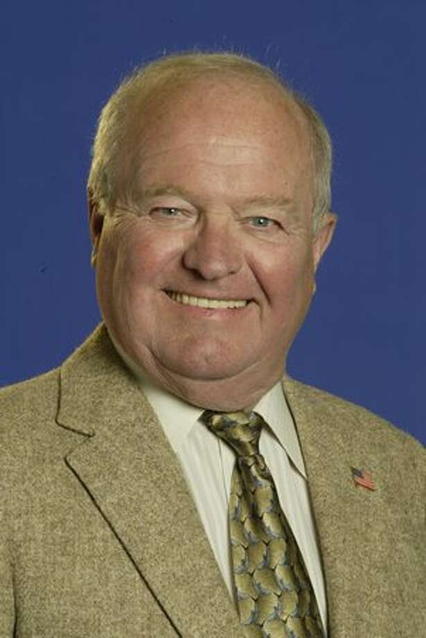 Mariners radio broadcaster Dave Niehaus in 2004. Photo: P-I File