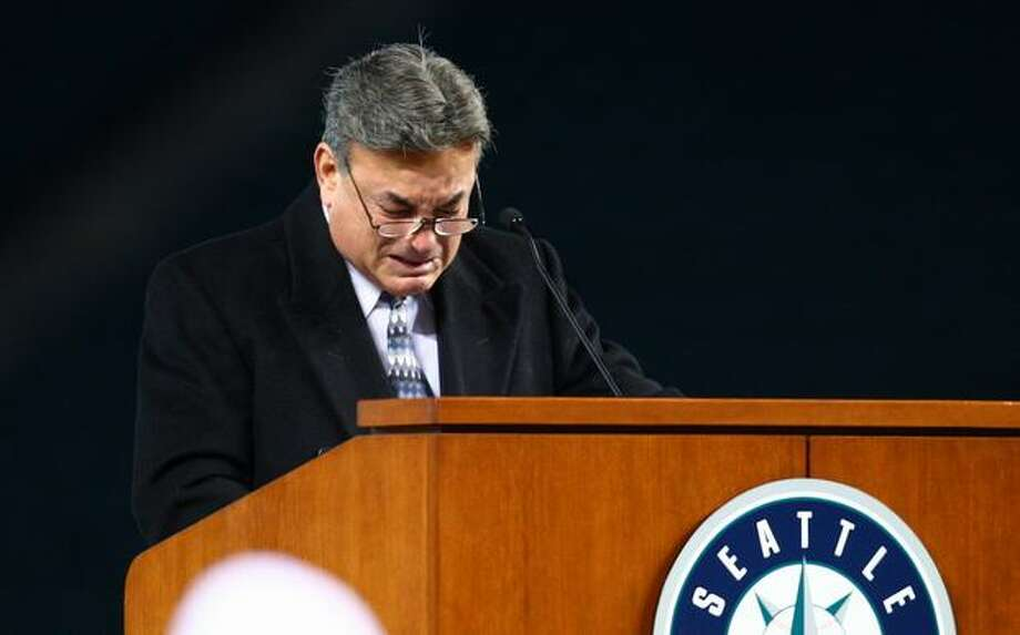 Rick Rizzs tries to hold back his emotion during a celebration of life ceremony for Seattle Mariners broadcaster Dave Niehaus on Saturday, December 11, 2010 at Safeco Field. The longtime voice of the Mariners passed away last month. (Joshua Trujillo, Seattlepi.com).... Photo: P-I File