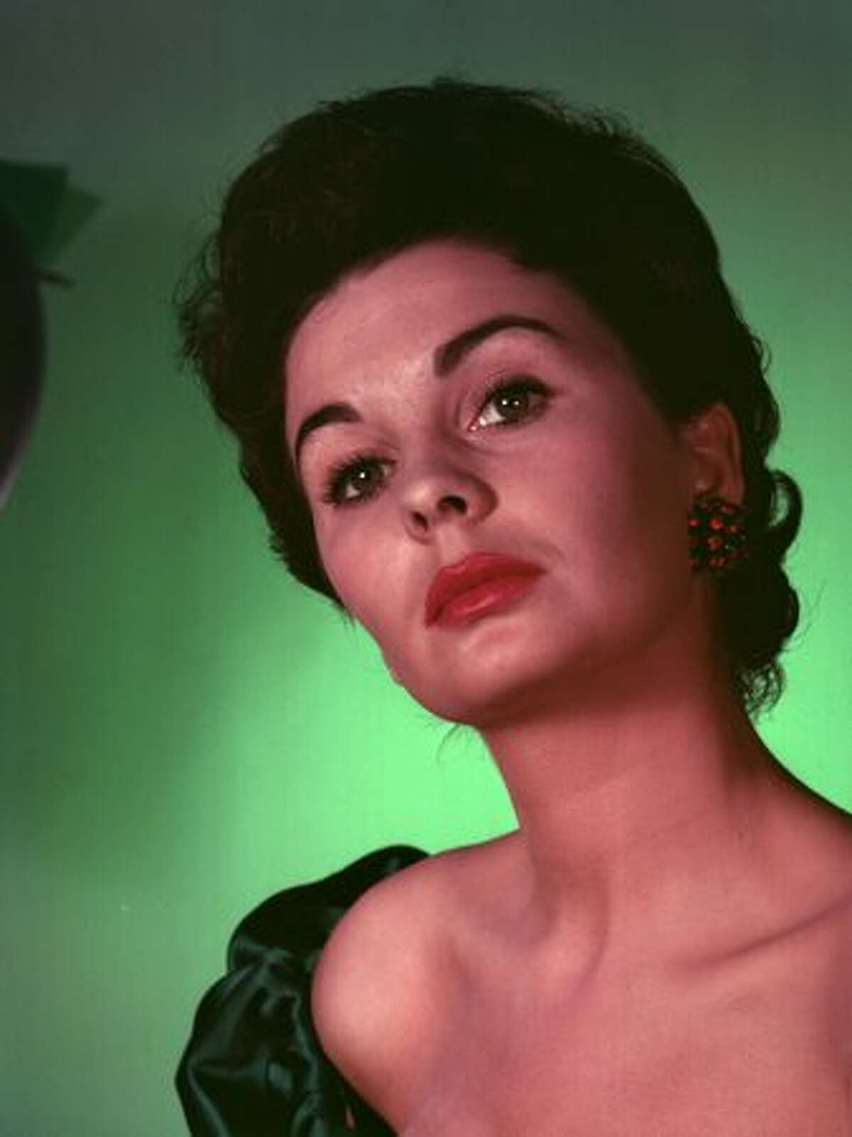 English actress Jean Simmons died January 22 at 80.