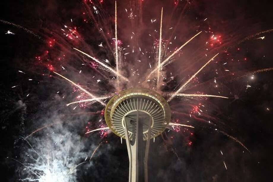 Fireworks go off from the Space Needle, 2008. Photo: Cliff DesPeaux, Special To Seattlepi.com