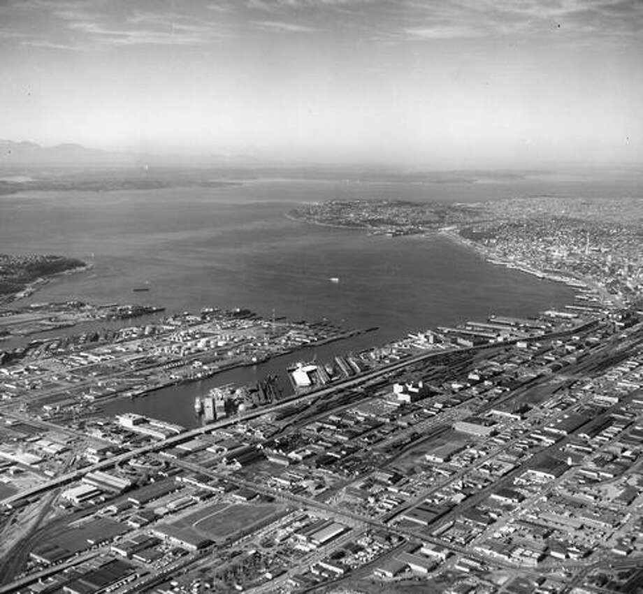 A view of Elliott Bay in 1965. Photo: P-I File