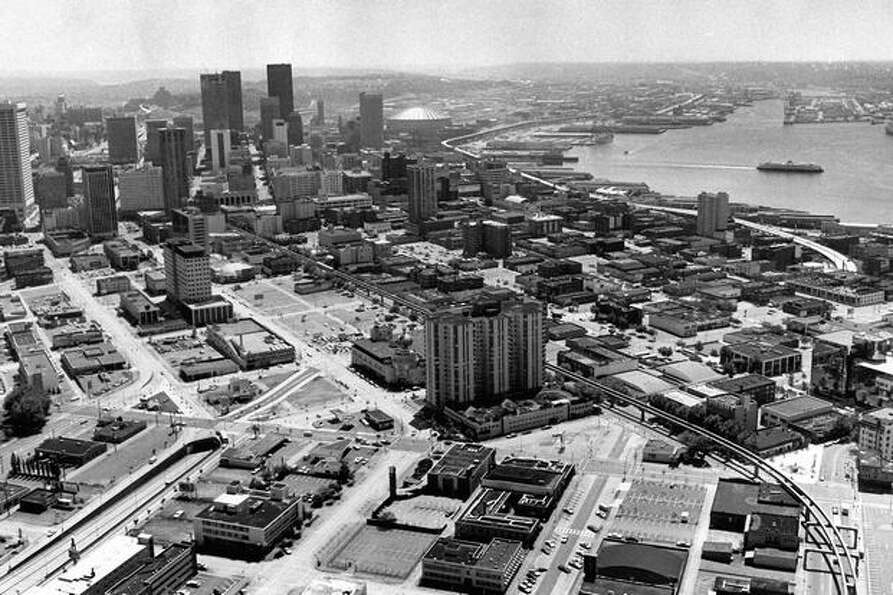 Downtown Seattle in 1976, (Cary Tolman/P-I)