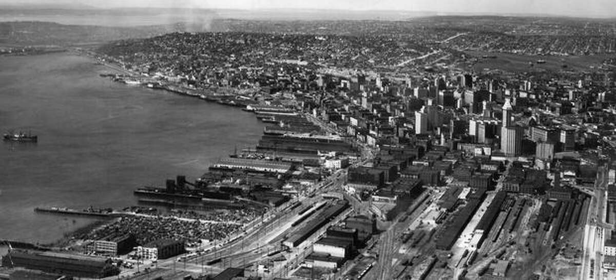 A 1945 photo of downtown Seattle and the waterfront.