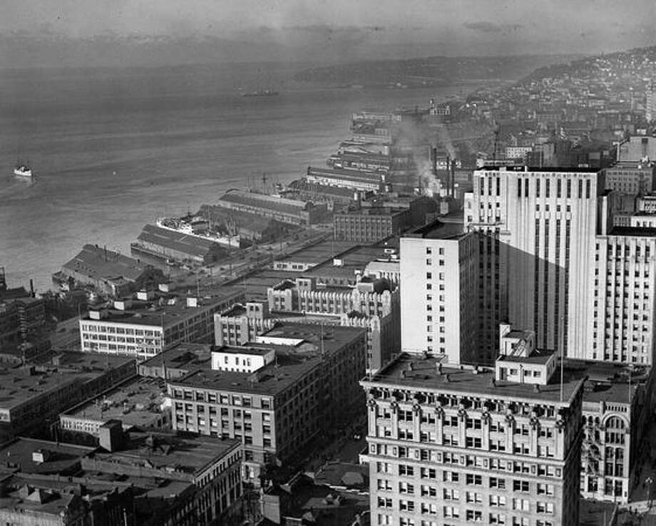 A view of the Seattle waterfront taken in 1941. Photo: P-I File