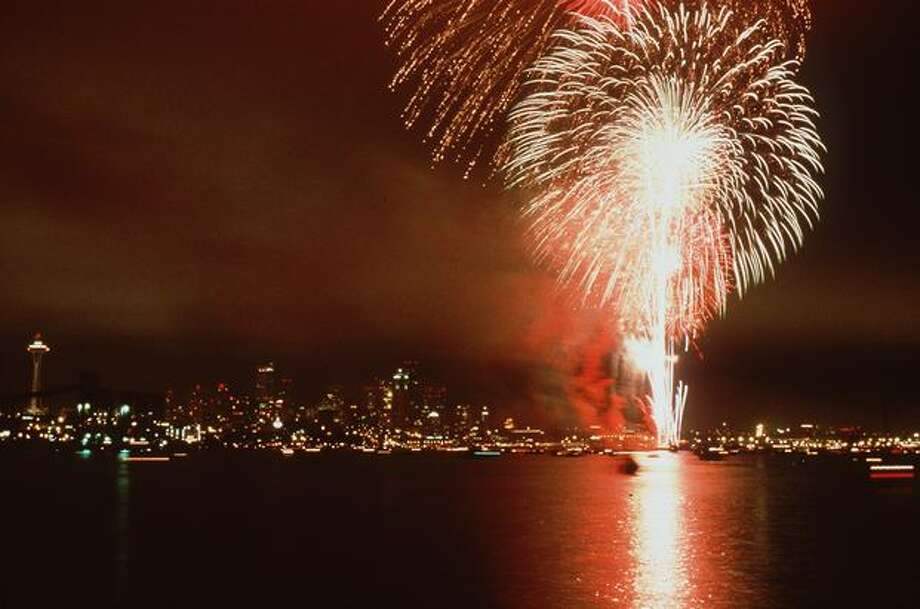 The Fourth of Jul-Ivar's fireworks display over Elliott Bay, 1998. Photo: P-I File