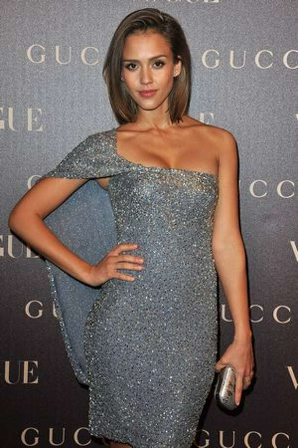 Jessica Alba attends the Vogue Paris Dinner hosted by Carine Roitfeld in honour of Frida Giannini as part of Paris Haute Couture Fashion Week at Hotel de la Rochefoucauld Doudeauville in Paris, France. Photo: Getty Images