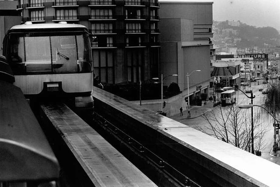The Monorail travels between the Seattle Center and Westlake Center, Feb. 21, 1989. Photo: P-I File