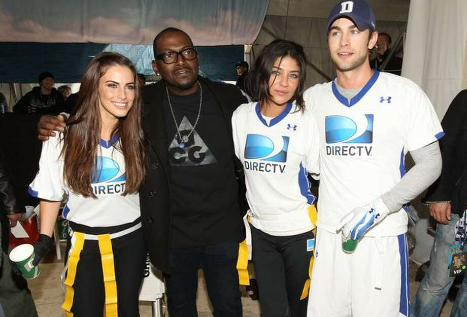 Actress Jessica Lowndes , TV Personality Randy Jackson, actress Jessica Szohr and actor Chace Crawford compete. Photo: Getty Images