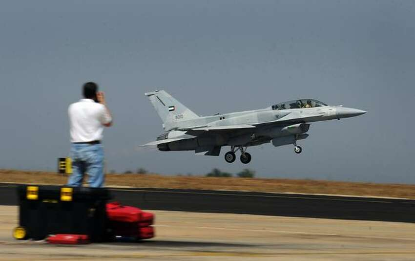 A Lokheed Martin F-16 F-16IN Block 60-Super Viper fighter aircraft takes off for a test flight on the eve of the Aero India 2011 exposition in Bangalore.