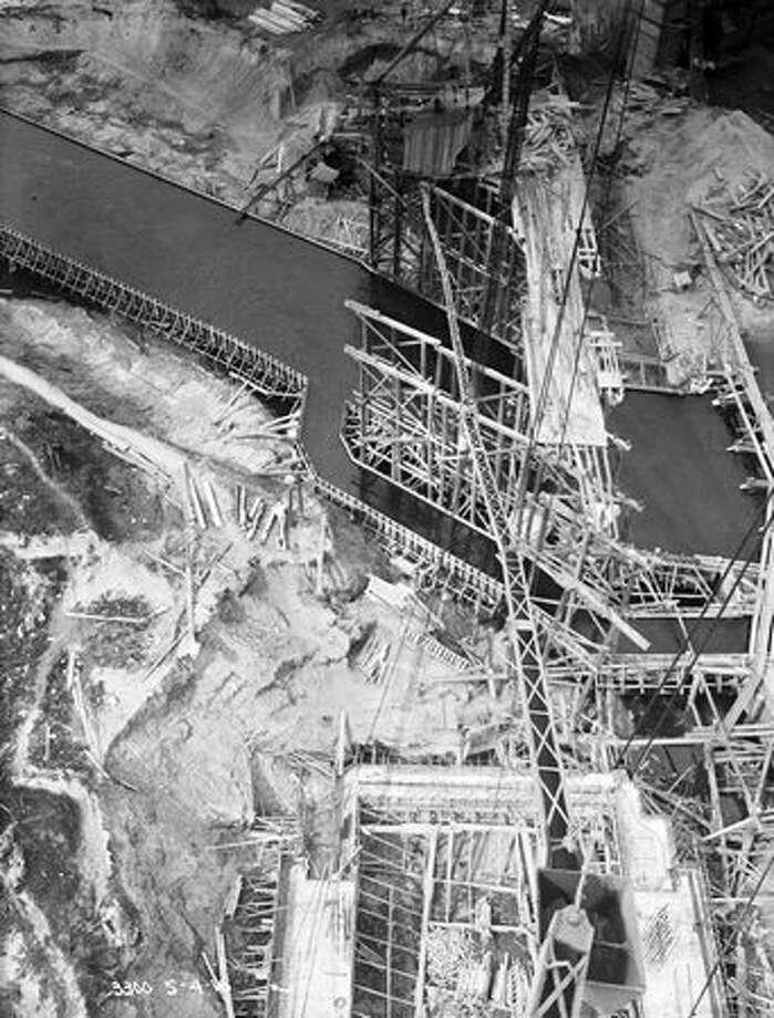 The Fremont Bridge, May 1916. (Seattle Municipal Archives/967) Photo: P-I File