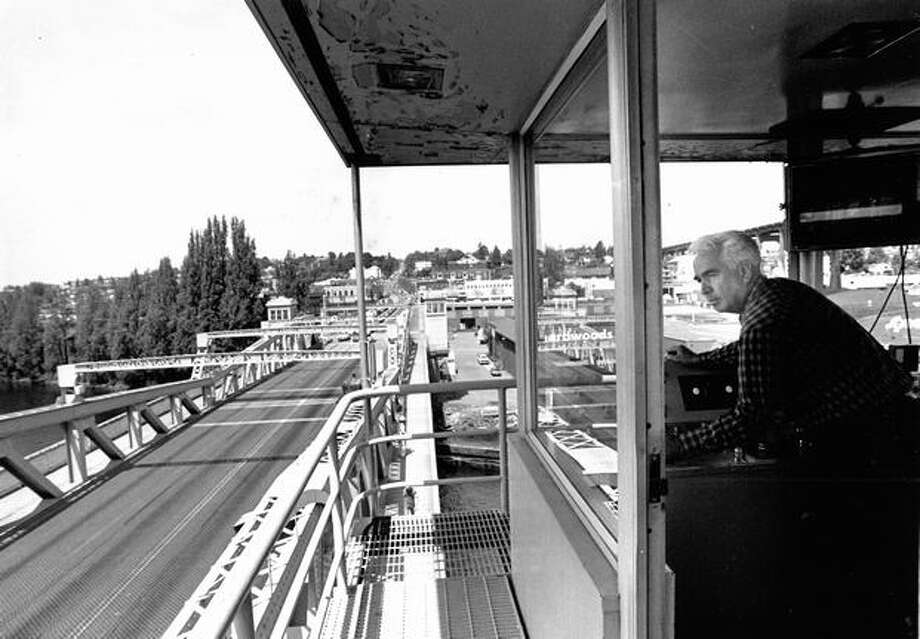 Ken Leask, senior operator on the Fremont Bridge, June 1984. Photo: P-I File