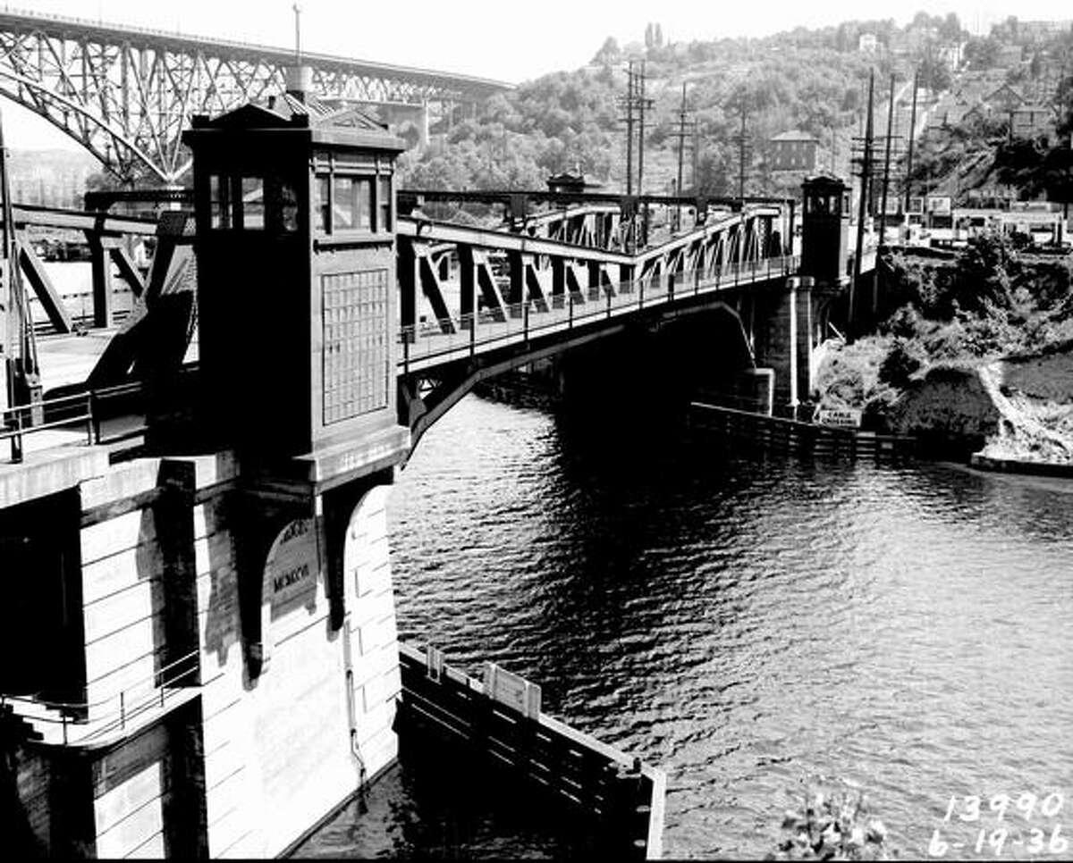 Re-decking the Fremont Bridge, June 1936. (Seattle Municipal Archives/10507)