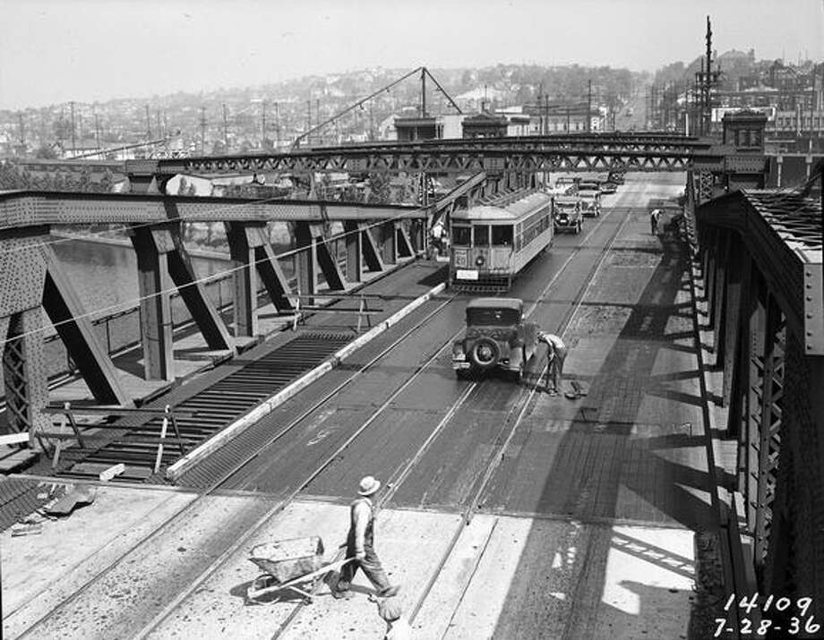 Re-decking the Fremont Bridge, July 1936. (Seattle Municipal Archives/10760) Photo: P-I File