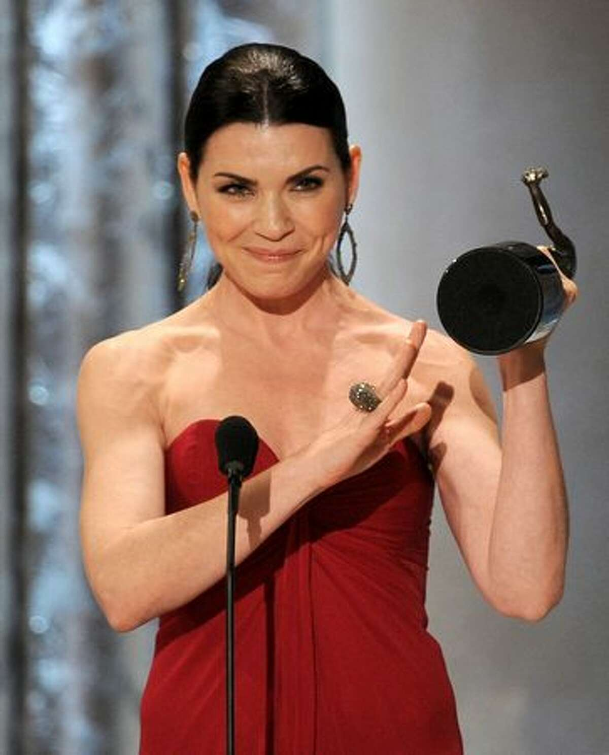 Actor Julianna Margulies, winner of Outstanding Performance by a Female Actor in a Drama Series award for