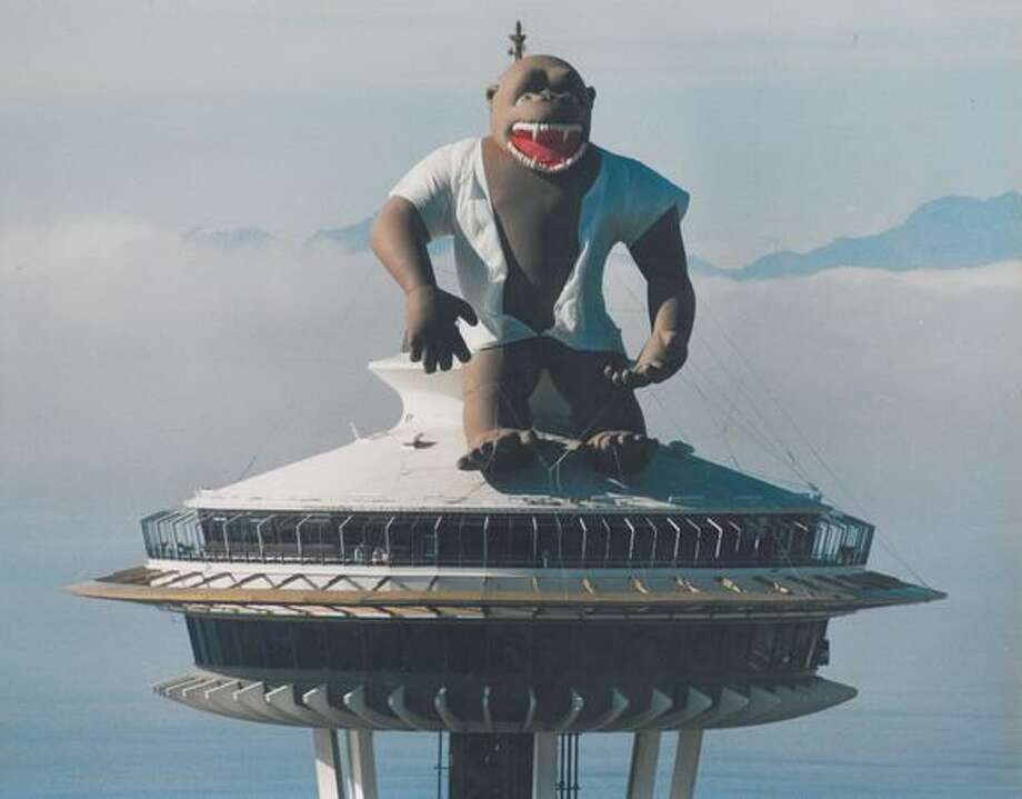 The October 1987 photo caption read: A 70-foot tall, 2,900 lb gorilla was recently installed atop the Space Needle. The inflatable gorilla was first introduced to the world in 1983 when it was displayed on top of the Empire State Building in New York City. Photo: P-I File