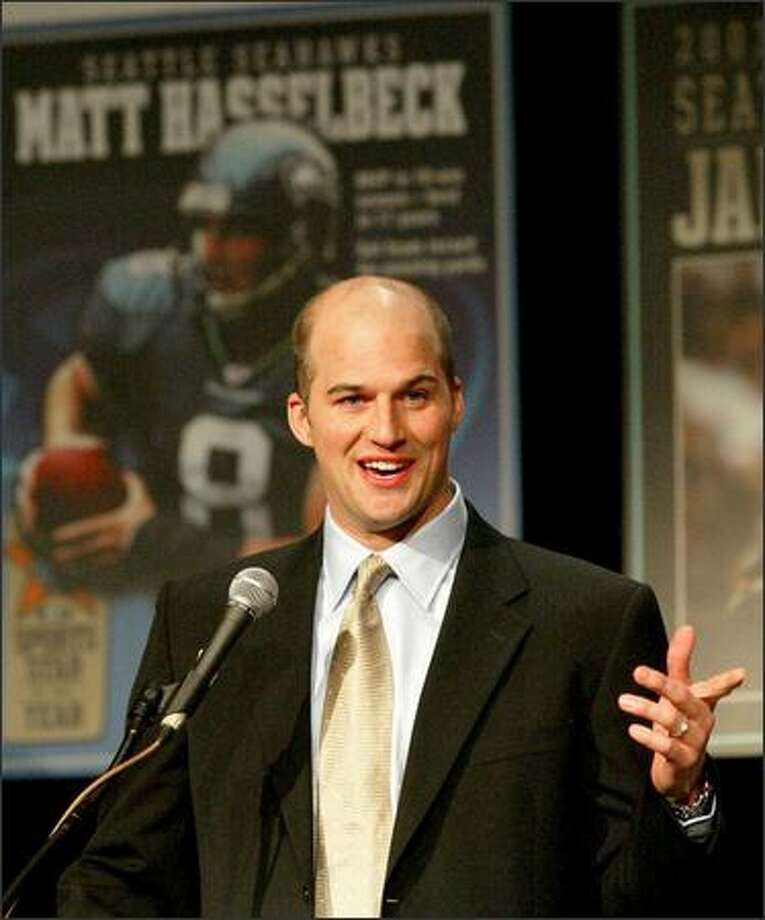 Quarterback Matt Hasselbeck became the first Seahawks player to win the P-I award since John L. Williams 15 years ago. Photo: Mike Urban, Seattle Post-Intelligencer