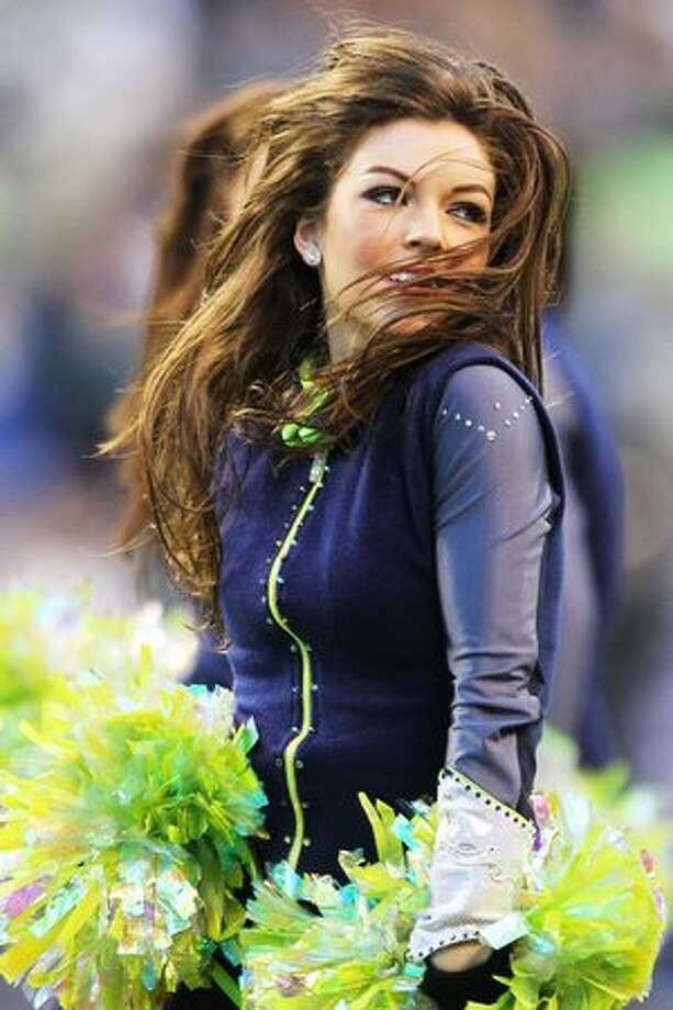 A Seahawks Sea Gal performs. Photo: Getty Images