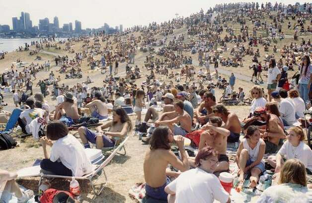 A crowd estimated at 25,000 attended the 4th Annual Seattle Hempfest at Gasworks Park in 1994. The event moved to Myrtle Edwards Park in 1995. (Photo by Jim Davidson)