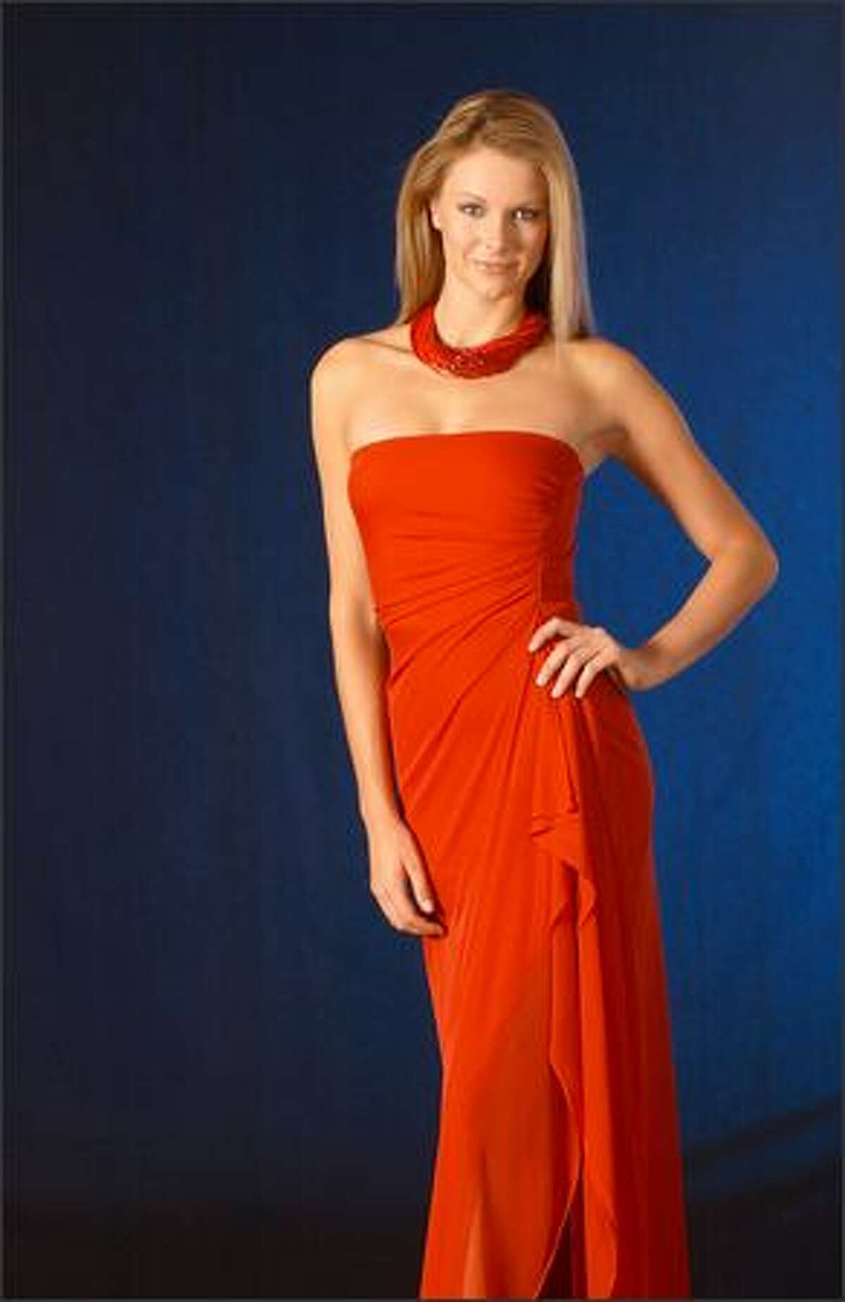 Jennifer Hawkins, Miss Australia, has her official portrait taken in mid-May at the Quito, Ecuador hotel of the delegates.