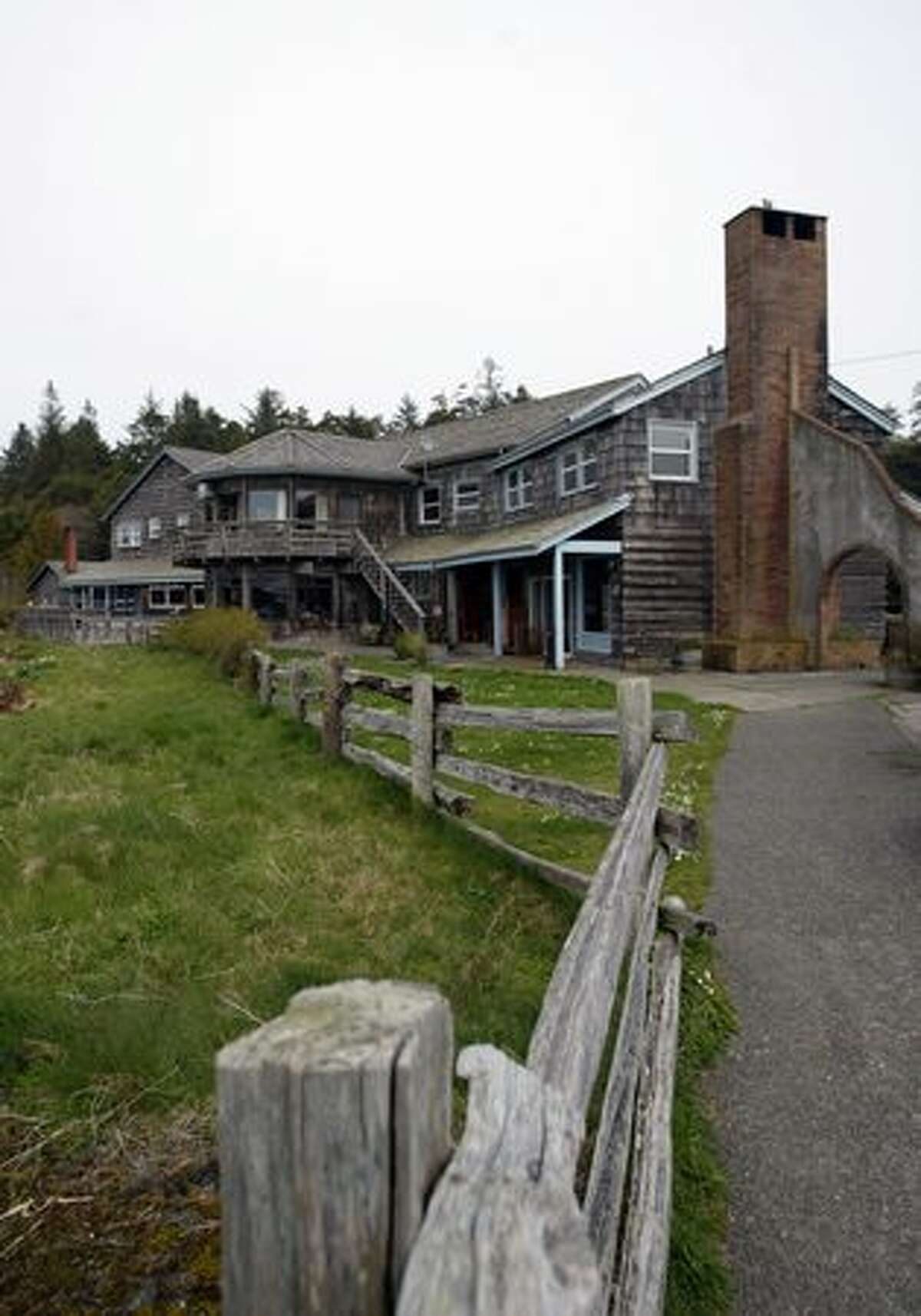 Kalaloch Lodge, perched on a bluff above the