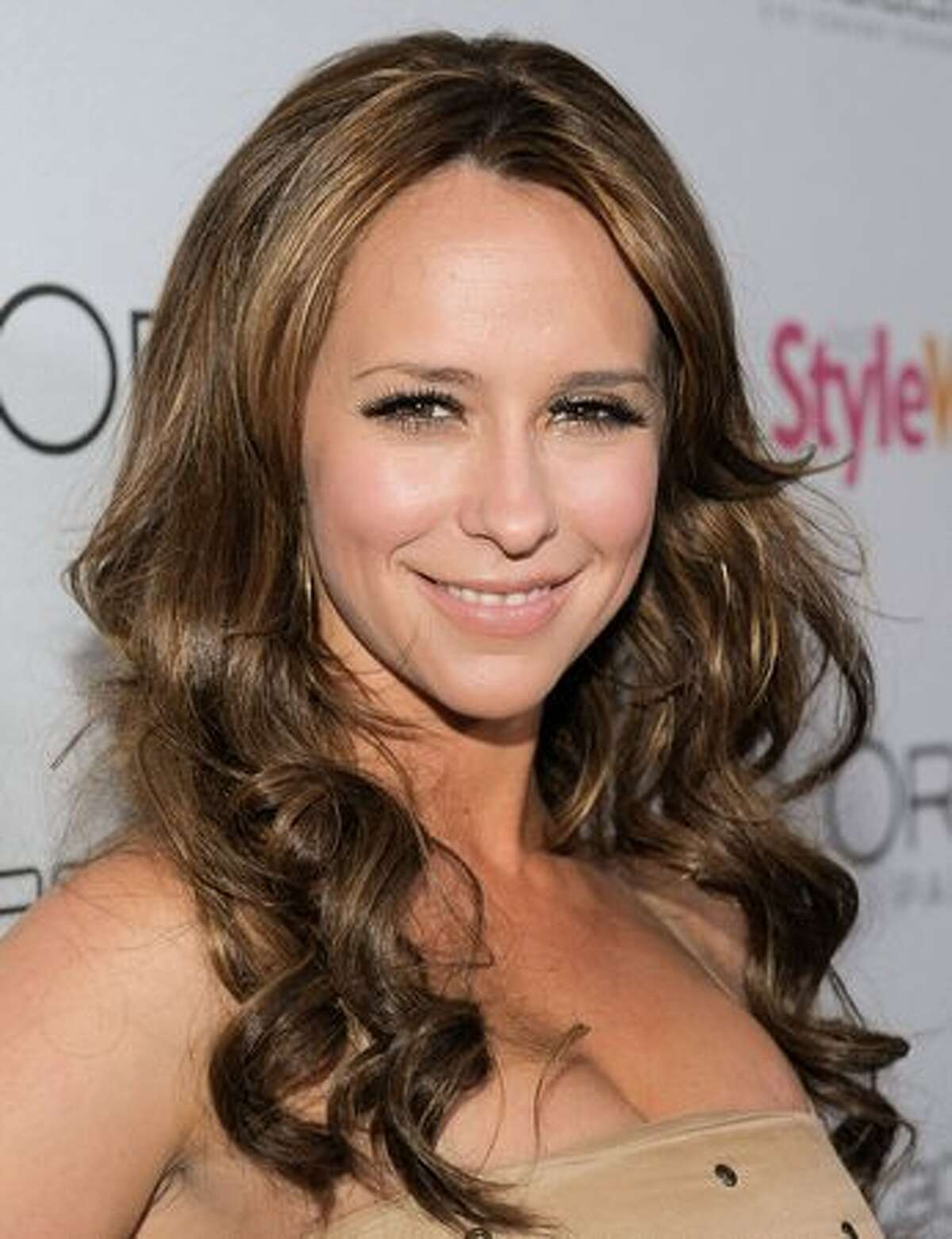 Actress Jennifer Love Hewitt arrives.