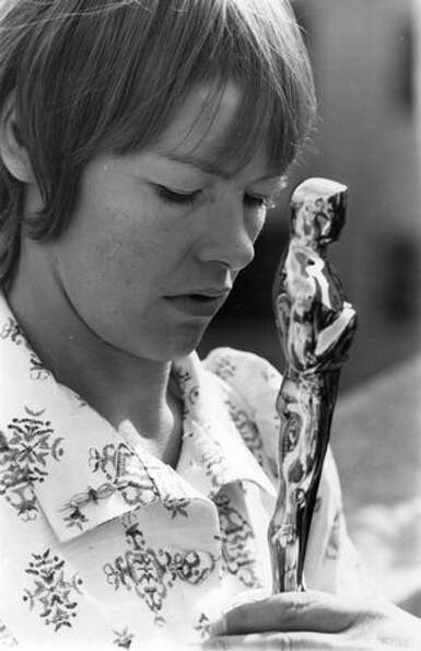 1971: English actress Glenda Jackson gazes with pride at the Best Actress Oscar she won for her part