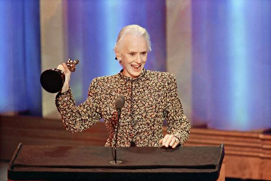 "1990: Actress Jessica Tandy acknowledges the applause after receiving the Oscar for best actress for her role in ""Driving Miss Daisy"" during the 62nd Annual Academy Awards ceremony in Hollywood. Photo: Getty Images"