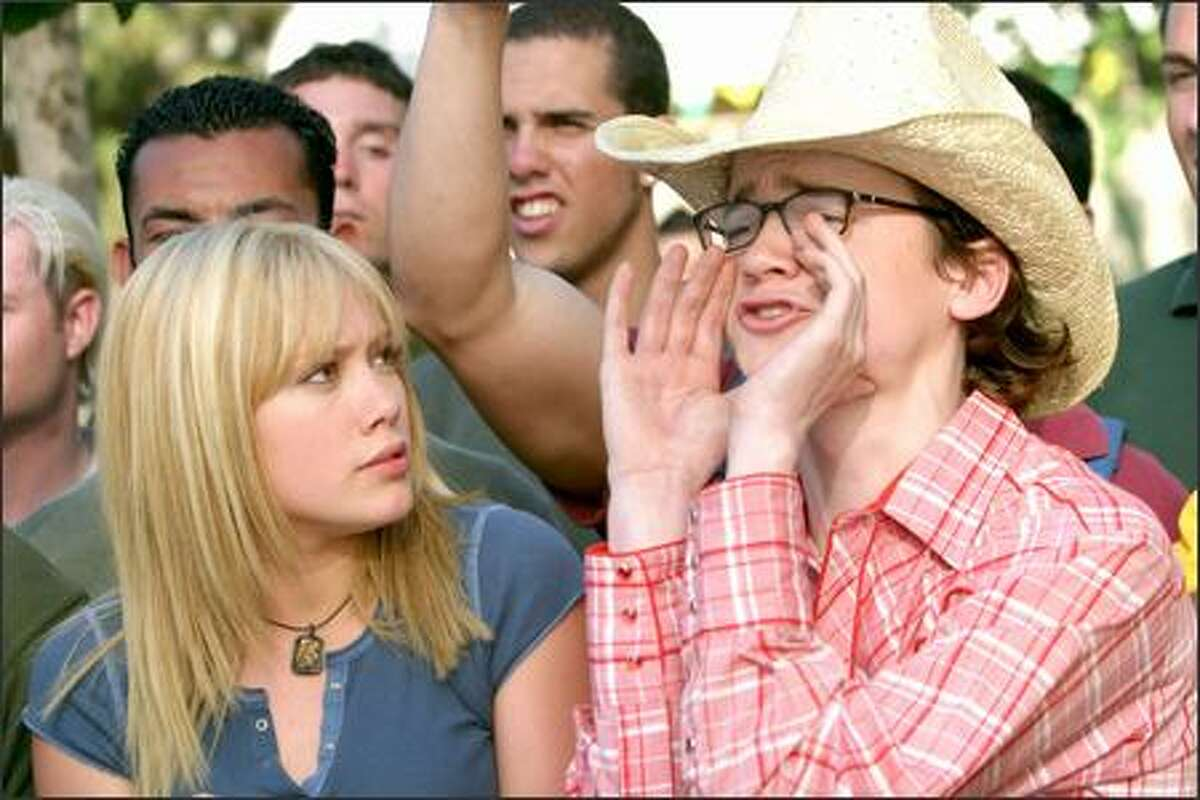 Sam's (Hilary Duff) best friend is film buff Carter (Dan Byrd).