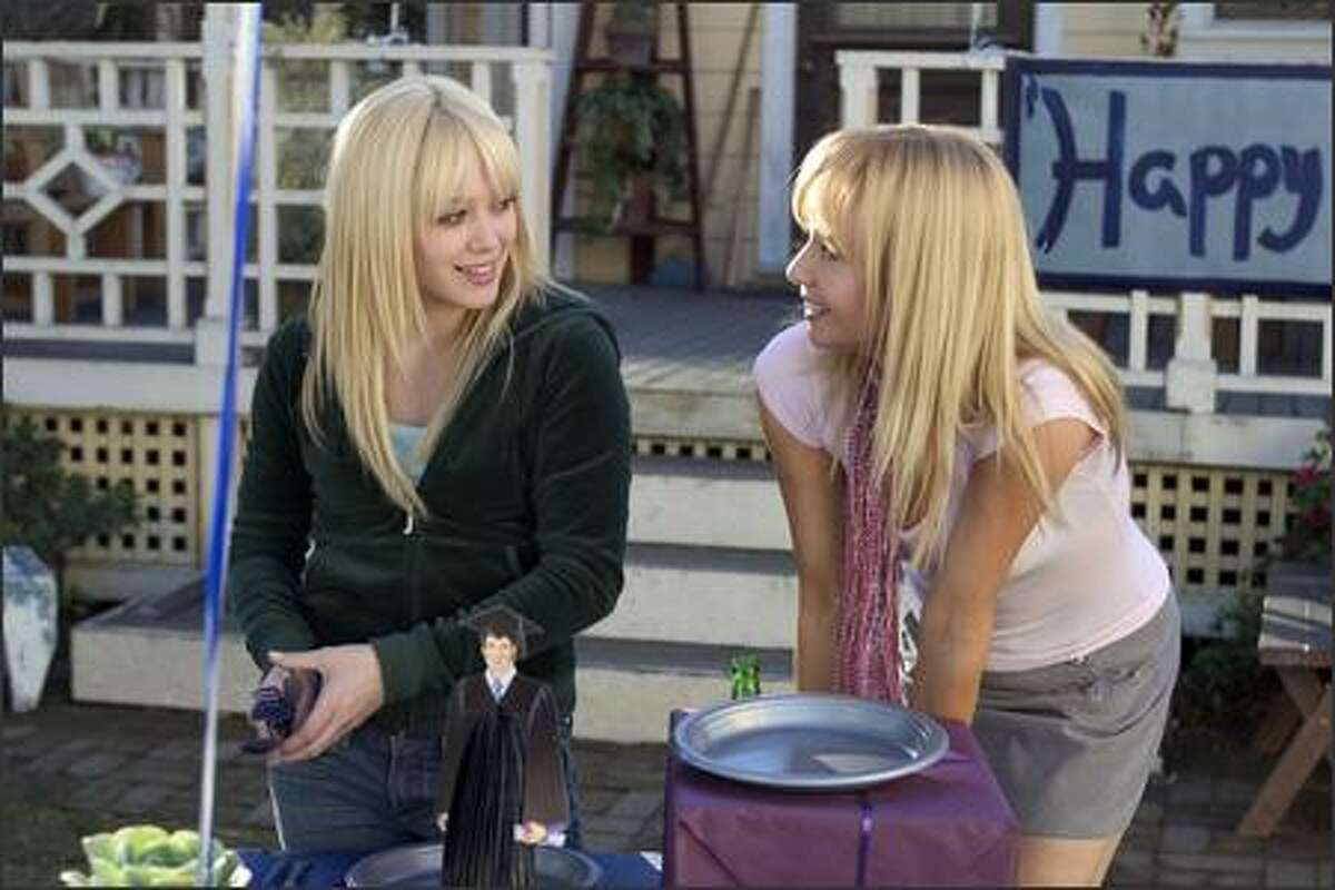 Terri Fletcher (Hilary Duff) is a small town girl with big dreams. She wants to go to Los Angeles and pursue a singing career. Rebecaa De Mornay (right) plays her aunt.