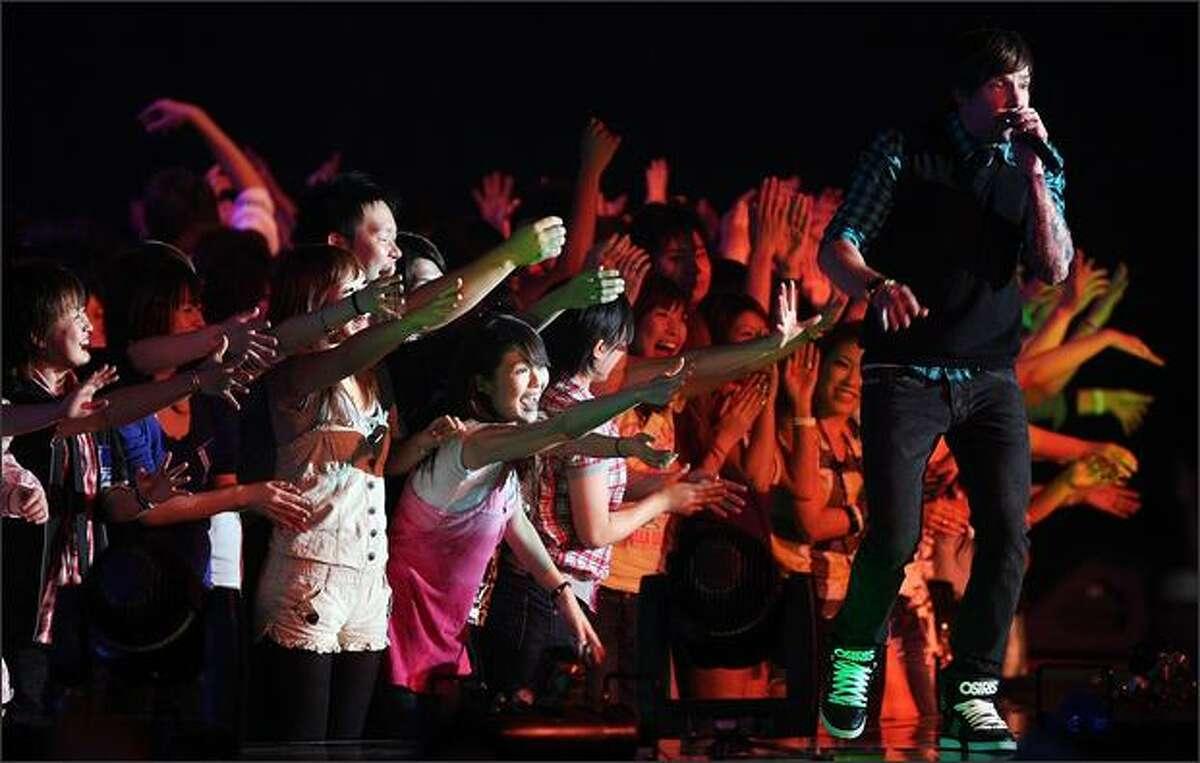 Simple Plan performs.