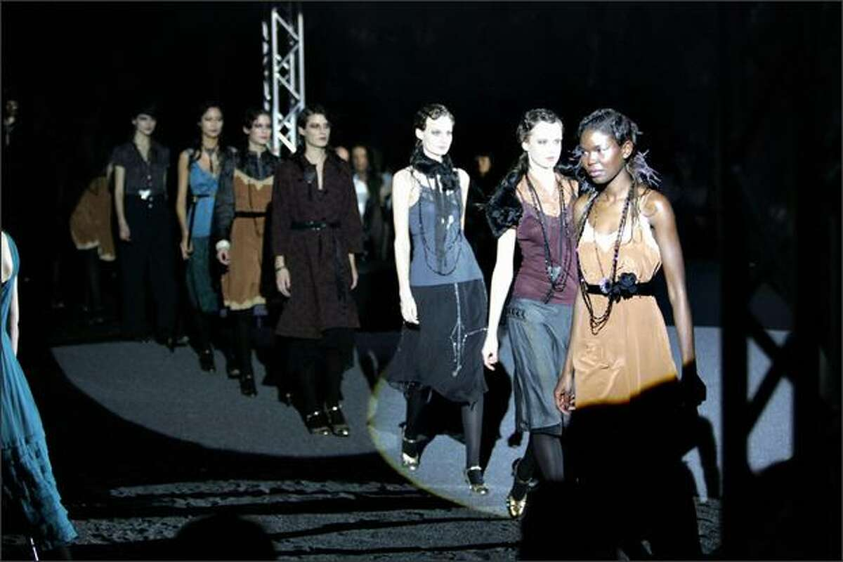 Copenhagen, DENMARK: Models present outfits by Danish Fashion house Noa Noa during Copenhagen Fashion Week 2006 in Copenhagen 10 February 2006.