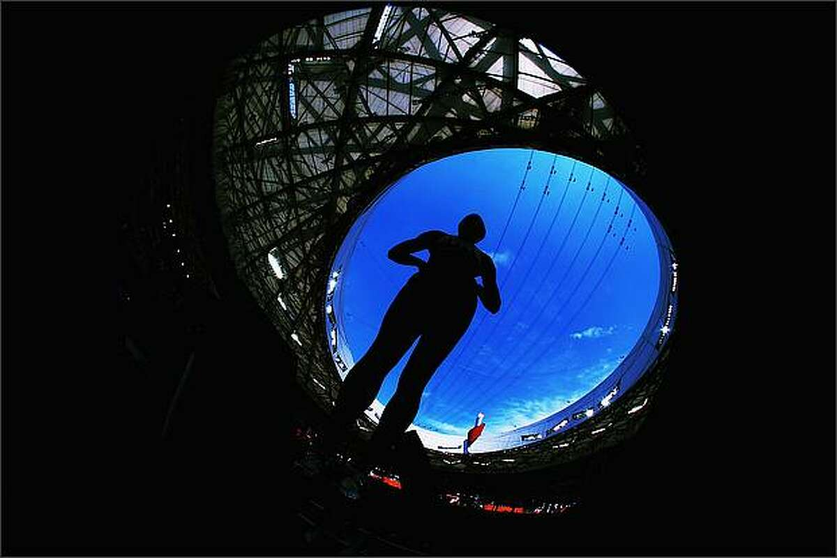 Antoinette Nana Djimou Ida of France competes in the Women's Heptathlon 100m Hurdles Final at the National Stadium on Day 7 of the Beijing 2008 Olympic Games in Beijing, China. (Photo by Alexander Hassenstein/Bongarts/Getty Images)