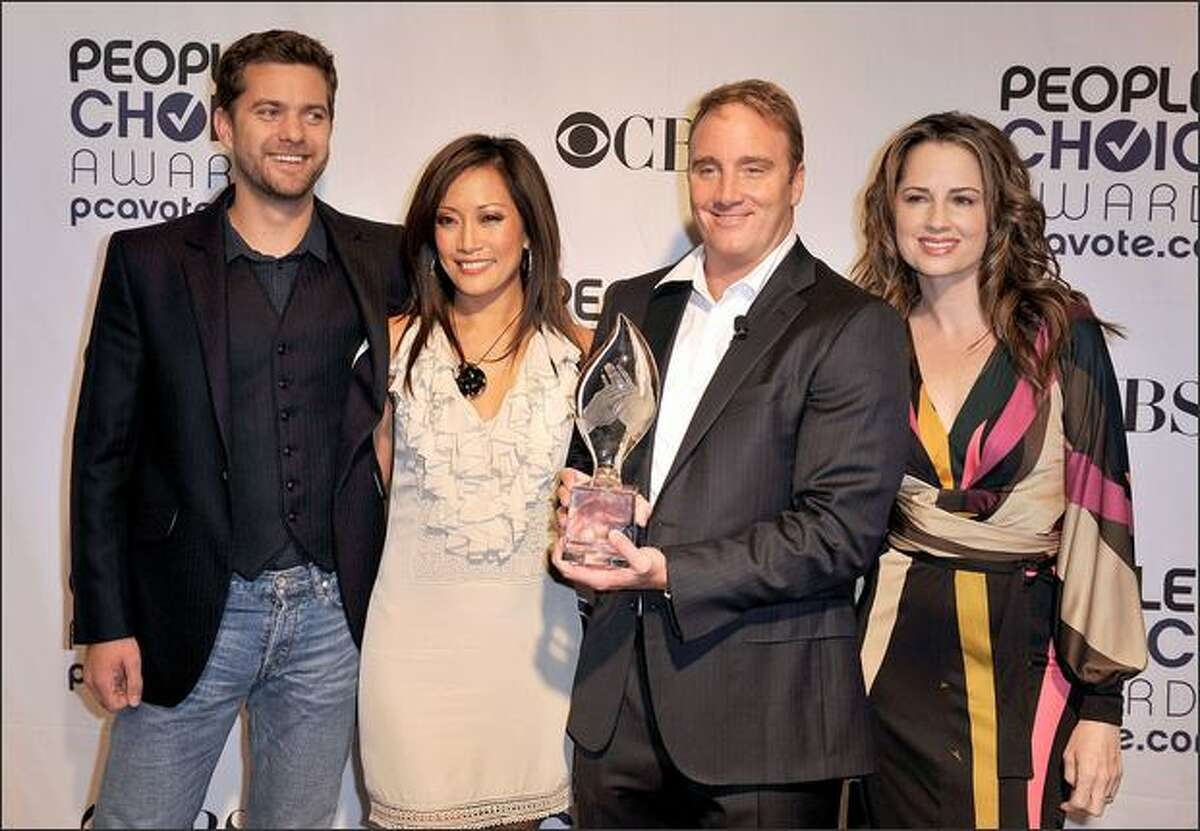 From left, actor Joshua Jackson, actress Carrie Ann Inaba, actor Jay Mohr, and actress Paula Marshall arrive at the 35th annual People's Choice Awards nominations held at the Peninsula Hotel on Nov. 10, 2008, in Beverly Hills, Calif.
