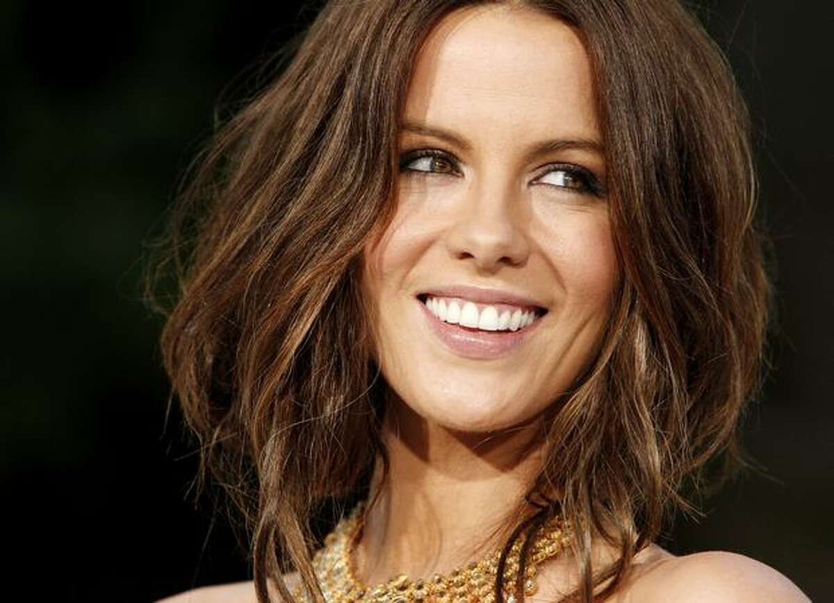 Actress Kate Beckinsale arrives at the premiere of Warner Bros. Pictures'