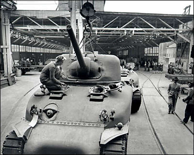 PACCAR manufactures tanks,  August 12, 1943. During World War II, the Pacific Car and Foundry Compan