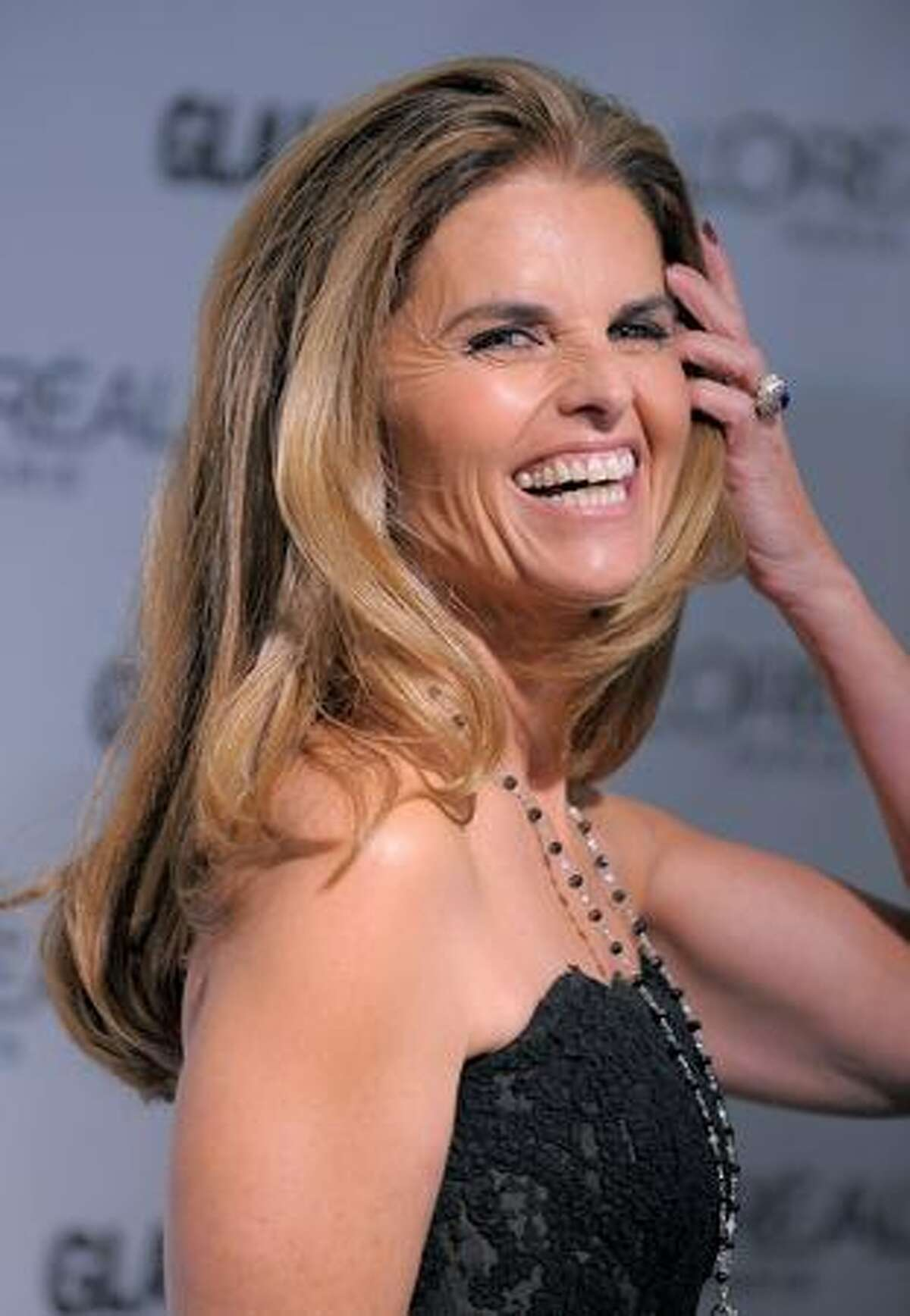 Journalist and First Lady of California Maria Shriver attends the Glamour Magazine 2009 Women of The Year Honors at Carnegie Hall in New York City.