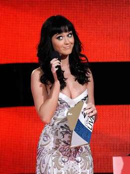 Singer Katy Perry presents onstage during The GRAMMY Nominations Concert Live! at the Club Nokia on December 2, 2009 in Los Angeles, California. Photo: Getty Images