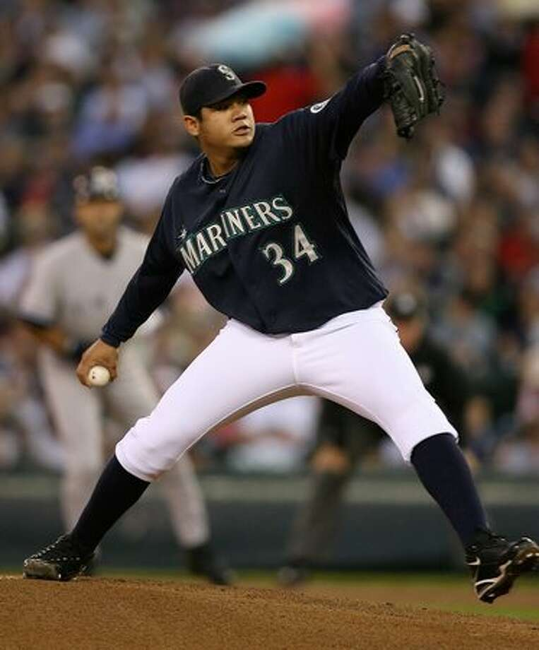 PROFESSIONAL SPORTS STAR OF THE YEAR NOMINEE:Mariners pitcher Felix Hernandez finished second to the Royals' Zack Greinke in the American League Cy Young Award voting. (Otto Greule Jr/Getty Images)