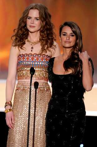 Actresses Nicole Kidman (L) and Penelope Cruz speak onstage. Photo: Getty Images