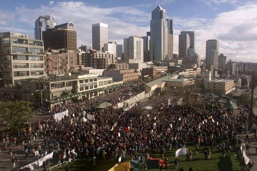 WTO protestors flood Victor Steinbrueck Park near Seattle's Pike Place Market on Dec. 2, 1999. (Phot