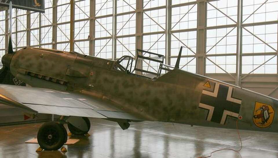 Flying Heritage Collection: Messerschmitt Bf109This airplane boasted such modern features as