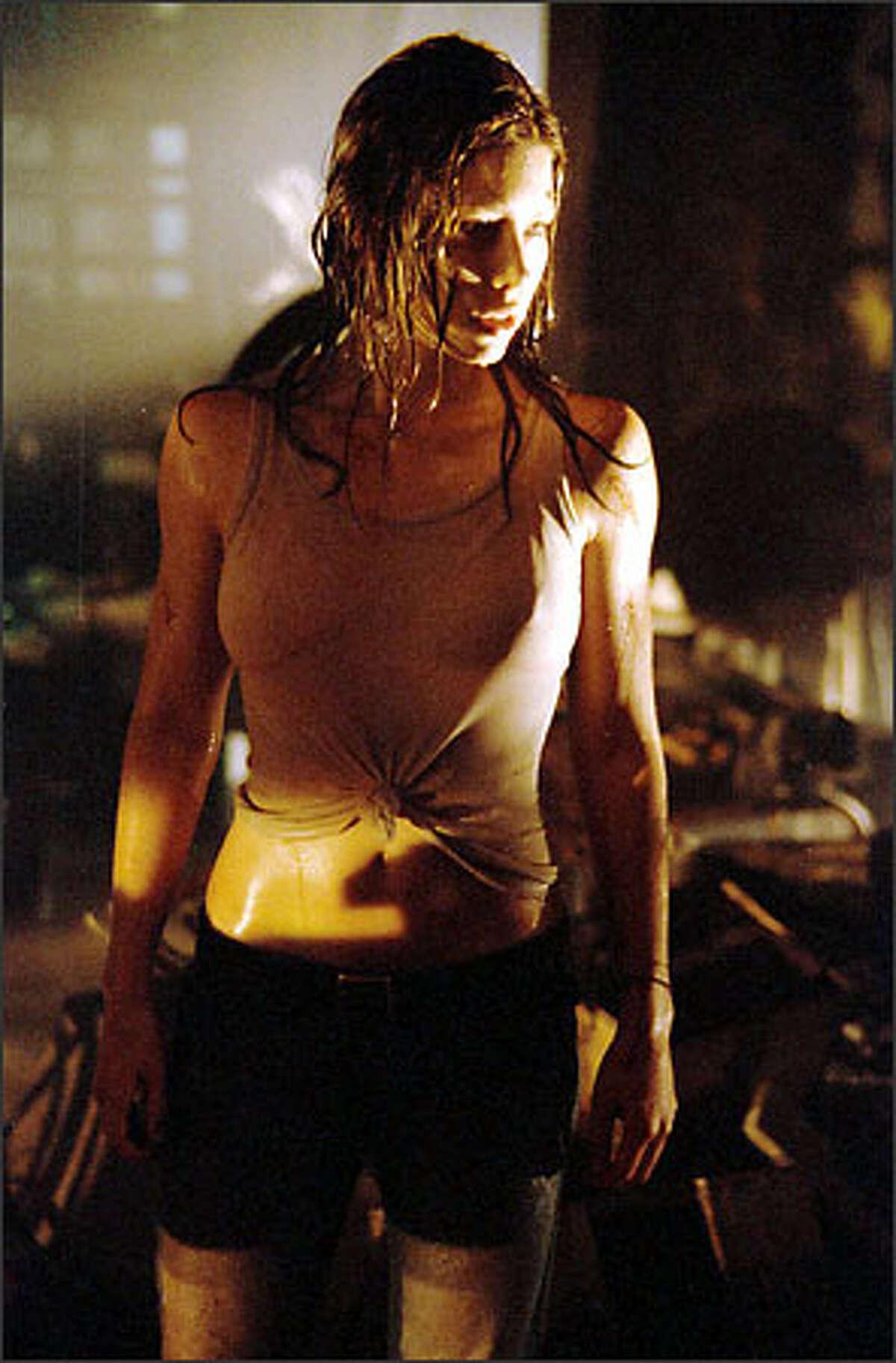 Jessica Biel plays Erin.